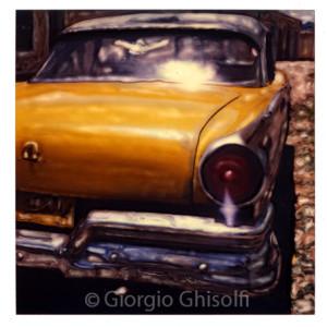 Cuba - Yellow lady